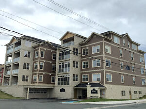 Executive 2 Bdrm/2 Bath Condo w/Underground Parking