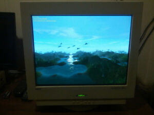 "Flat screen 19"" CRT display/monitor NEC MultiSync FE950+"