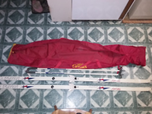 Tecno Pro Cross Country Skis / Poles / Boots and Carry Bag