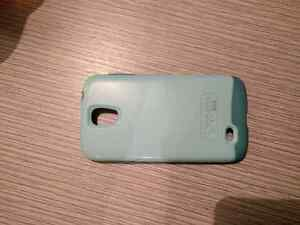 OTTERBOX CASE SAMSUNG S4 GREEN GREAT SHAPE