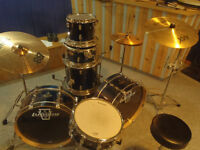 1000$ OBO - Ludwig Epic Modular 7 Piece Drum Kit in Blue Fade