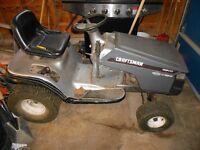 Craftman Lawn tractor with hydrostatic transmission