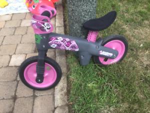 Balance bike / vélo d'équilibre pour fille