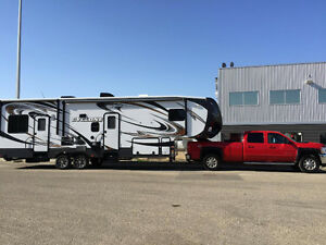 5th wheel toyhauler- dawson creek