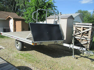 TRITON DOUBLE SKIDOO TRAILER 2007