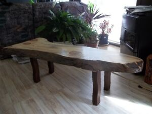 table basse style rustique LIVE EDGE 61''x19-26''♥LRN