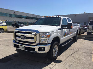 2013 Ford F-250 XLT Pickup Truck VERY - LOW MILEAGE - AIR RIDE