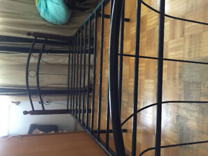 """""""EXCELLENT CONDITION """", NEW SINGLE BED & MATTRESS"""