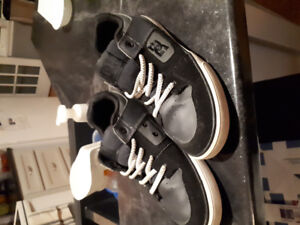 Size 5.5 DC sneakers