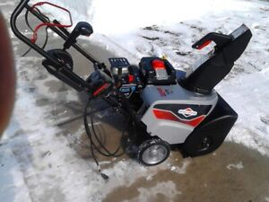 Single stage SNOW THROWER (6.5 HP)