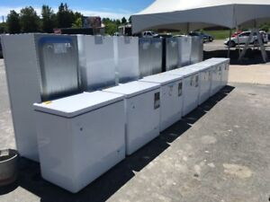 """"""" SCRATCH AND DENT """" 5 CUBIC FT FREEZERS - NO TAX !!"""