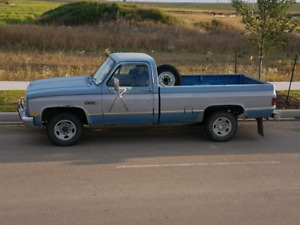 1985 gmc 2500 camper special 2wd 220,000kms