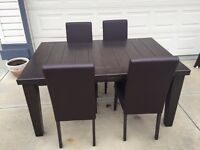 Rustic Wood Table/Chairs