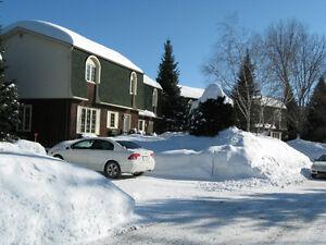 St Sauveur, village centre situé à 6 min des pentes de ski