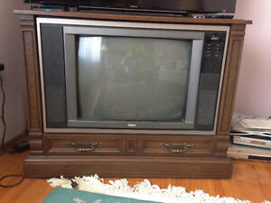 RCA Colour TV Console - works great