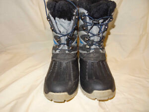 Hi-Tec Youth Winter Boots