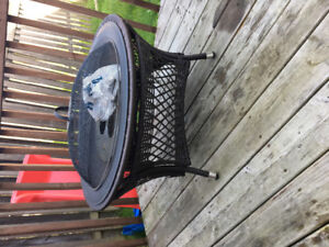 Fire pit with gel cans