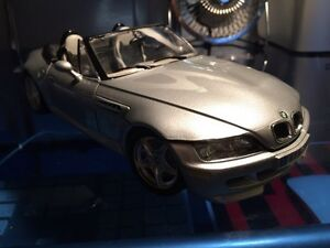 Burago 1:18 die cast model 1996 BMW M Roadster excellent shape!