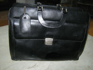 Valise porte documents