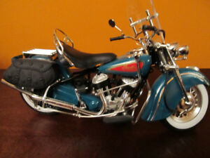Indian motorcycle die cast replica in scale 1:10.