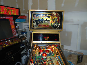 Eight Ball Deluxe LE Pinball Machine