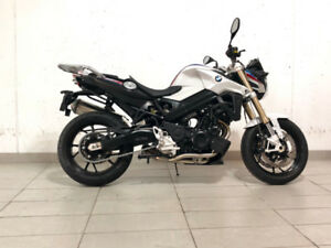 2018 BMW F800R- White/Blue/Red $12,399.99 + HST