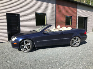 MERCEDES CONVERTIBLE CLK320