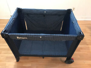 Cosco Funsport Portable Playpen