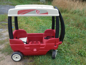 Step 2 Wagon with Hard Top Canopy