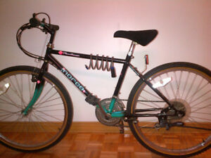 "Velo Norco 26"",18 vitesses en tres bonne condition 190$."