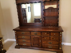 MOVING SALE - 6 Piece Solid Pine Bedroom Set