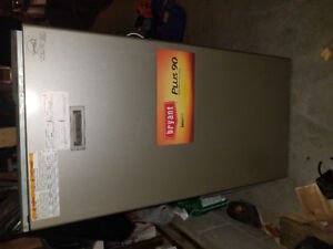 Furnace for sale 2008 year good for coattage 300$ obo