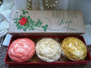 vintage 1960s LUXURY SOAPS rose bud soap UNUSED UNOPENED London