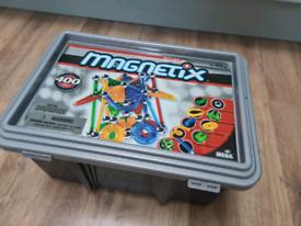 Magnetix 400pc Box Construction