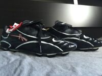 Admiral soccer shoes 100% NEW save money size 8