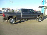 2015 GMC 2500 Denali Diesel loaded