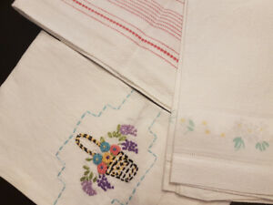 vintage table linens runners 1940s 1950s