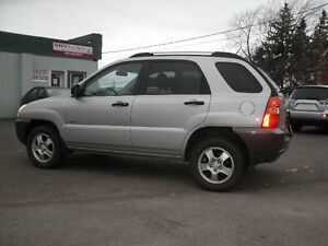 2007 Kia Sportage LX: Yes Only 84Kms, 4WD,Like New,Must See! Oakville / Halton Region Toronto (GTA) image 2