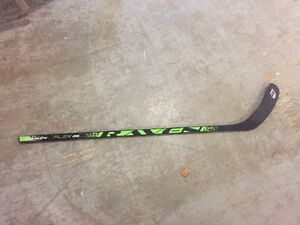 RAVEN right handed hockey stick