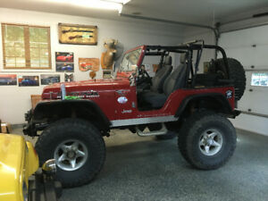 REAL  NICE  4X4  JEEP  WITH  V8  305  4  SPEEDS  FUN  TRUCK