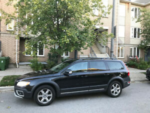 2010 Volvo XC70 Level 3 Wagon DVD Blind Spot Lane assist & more