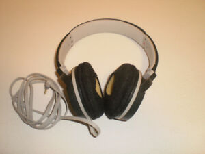 Sony Wired Headphones with Mic MDR-ZX660