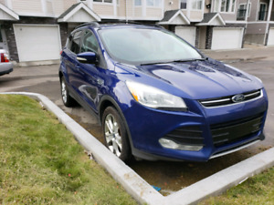 2013 Ford Escape SEL, 4WD, NAV, Leather, Heated Seats, Moonroof