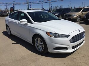 2014 FORD FUSION SE * BLUETOOTH * POWER GROUP * 8-WAY POWER DRIV London Ontario image 8