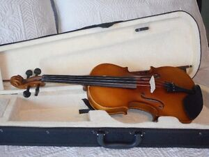 4/4 Violin / Fiddle