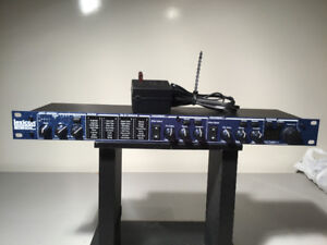 PROCESSEUR MULTI-EFFECT LEXICON MX-200