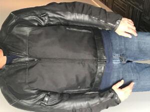 Manteau de cuir de marque akoury grandeur xxl