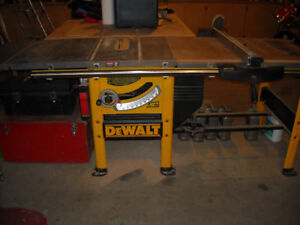 DEWALT TABLE SAW******CABINET MAKERS QUALITY