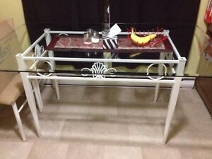 5 PC Glass Top Dining Room Table and Chairs Cambridge Kitchener Area image 2