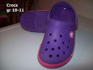 Fillette  crocs gr 10-11